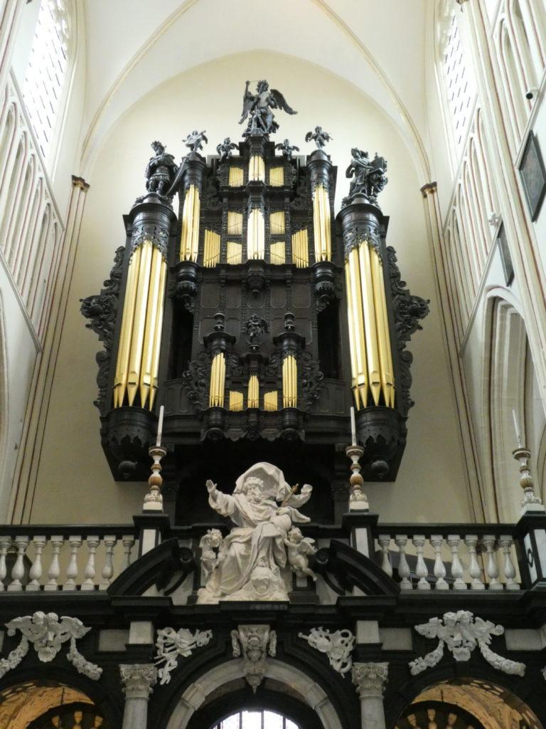 Eglise SAINT JACQUES de BRUGES (22)